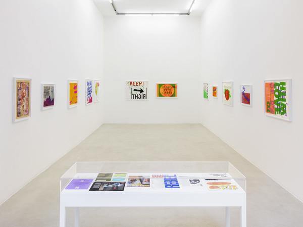 Corita Kent, To the everyday miracle, 2021 installation view, kaufmann repetto, Milan