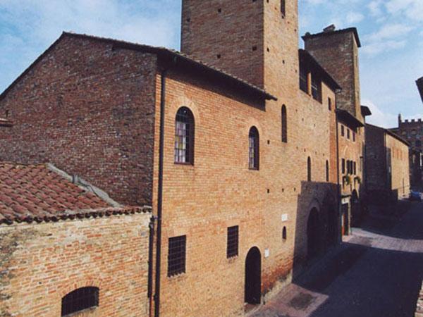 Casa del Boccaccio - Ente Nazionale Giovanni Boccaccio