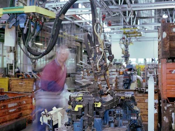Chris Steel-Perkins, Impianto robotizzato per la produzione di veicoli pesanti