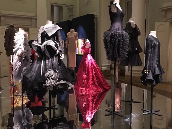 Tracce. Dialoghi ad arte nel Museo della Moda e del Costume, Firenze