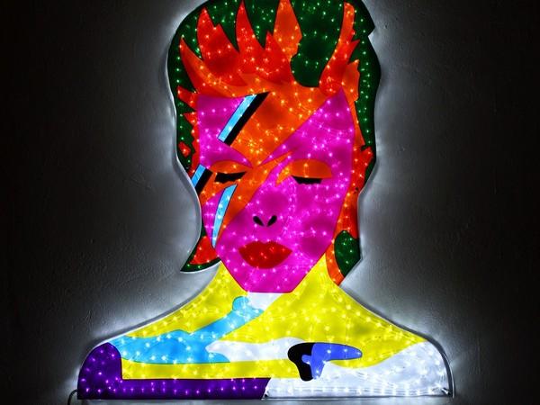 Marco Lodola, Aladdin (David Bowie), scultura