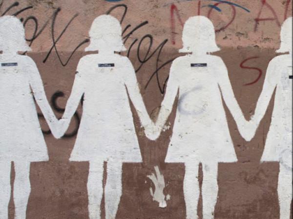 Gruppo di donne, Murale, 2012, via dei Sardi, Roma