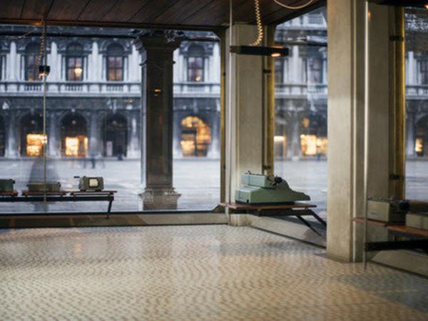 Screening architecture carlo scarpa mostra venezia for Mostra cina palazzo venezia