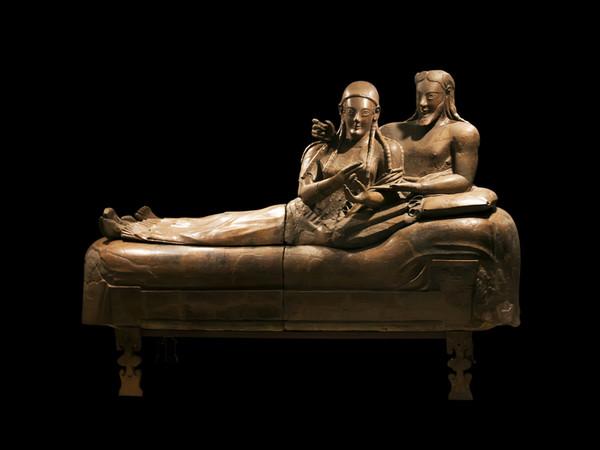 Un gemellaggio multimediale in nome degli etruschi roma for Degli sposi