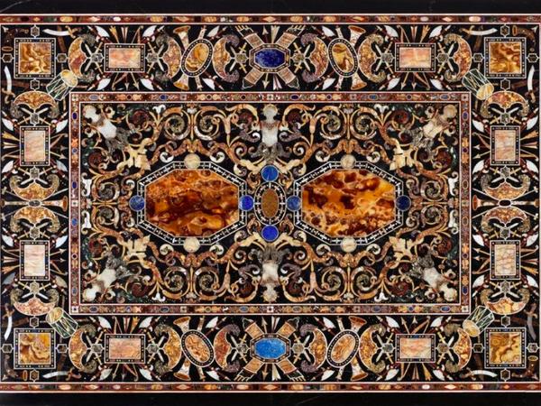 Manifattura fiorentina, Tavolo Grimani. Pietre dure e preziose, 6×165×116,5 cm. Collezione privata, Zurigo