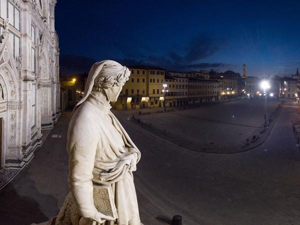 Massimo Sestini, Statua di Dante, Piazza Santa Croce, Firenze
