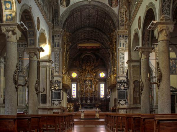 Chiesa di San Sisto, navata centrale, Piacenza