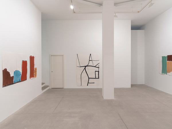 Silvia Bächli, Verso, 2021. Installation view, Galleria Raffaella Cortese, Milano I Ph. Lorenzo Palmieri