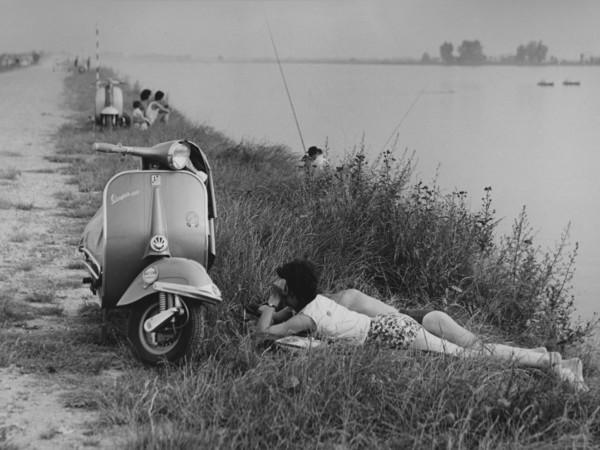 Mario Cattaneo, dalla serie Una domenica all'Idroscalo, 1957-1969