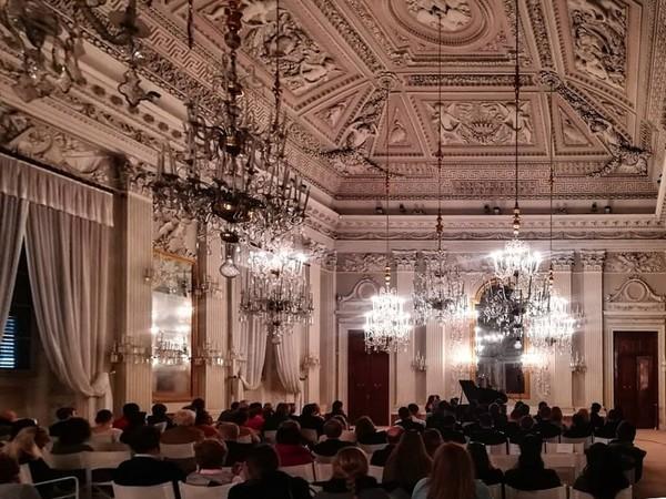 Concerto nella Sala Bianca, Palazzo Pitti, Firenze