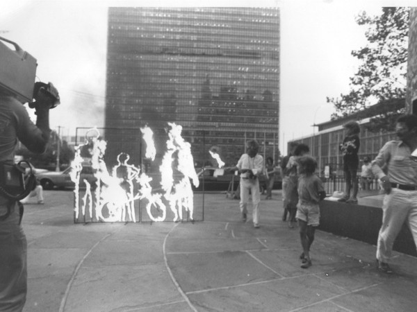 Paolo Buggiani, <em>Hiroshima, United Nations, New York City</em>, 1982 | Foto &copy;&nbsp; Jennifer Cotter<br />