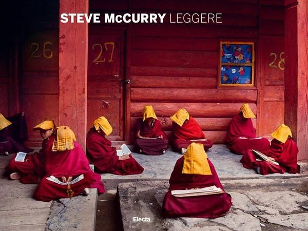 Steve McCurry, Leggere
