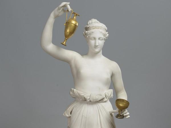 Antonio Canova<em>, Ebe</em>, 1800 – 1805. marmo e bronzo dorato, 161 x 49 x 53,5. San Pietroburgo, Museo Statale Ermitage,Photograph © The State Hermitage Museum, 2019<br />