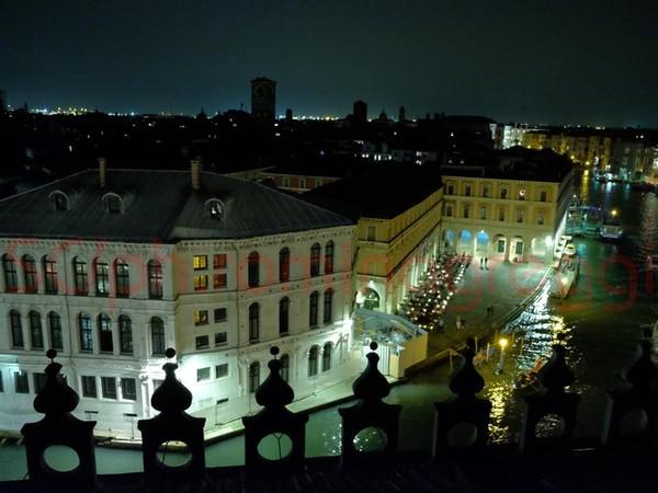 <span>La vista della terrazza dal T Fondaco dei Tedeschi, Venezia</span>