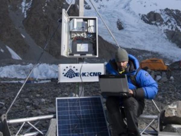 K2 magnetico: esplorazione, scienza e alpinismo in Karakorum