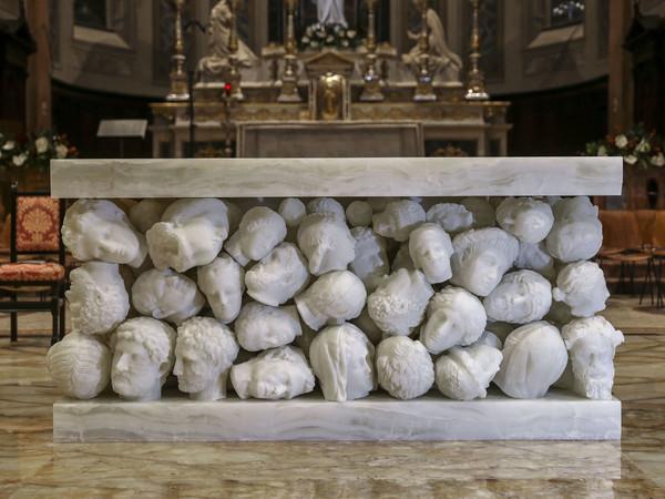 L'altare di Claudio Parmiggiani per la Basilica di Santa Maria Assunta di Gallarate (VA)