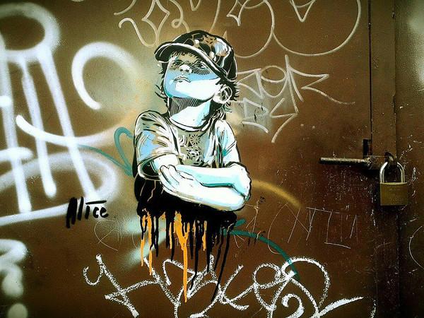 """Alice Pasquini, Trastevere, Roma. Foto progetto """"E' Street Art da uomini"""" a cura di Livia Fabiani"""