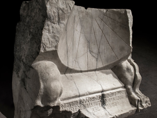 Le ore del sole. Geometria e astronomia negli antichi orologi solari romani