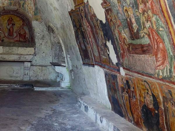 Sito rupestre di Santa Maria in Grotta,  Sessa Aurunca (Caserta)