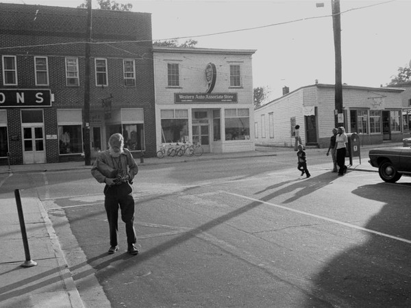 Marcia Due,Walker Evans photographing in Virginia, 1973. Marcia Due and Jerry Thompson collection, Amenia, New York
