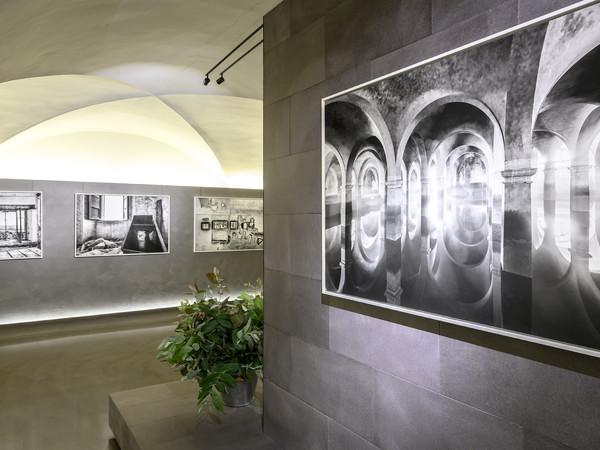 Hallelujah Toscana, Fotografie di Marco Paoli, Museo degli Innocenti, Firenze, allestimento
