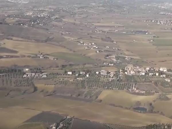 Paolo ficola in volo sull 39 umbria mostra roma for Camera deputati indirizzo