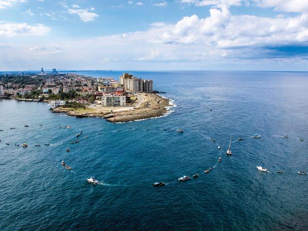 Michelangelo Pistoletto 'Terzo Paradiso: Cuba, Havana - December 16, 2014'. GALLERIA CONTINUA in collaboration with Kcho and Laura Salas Redondo