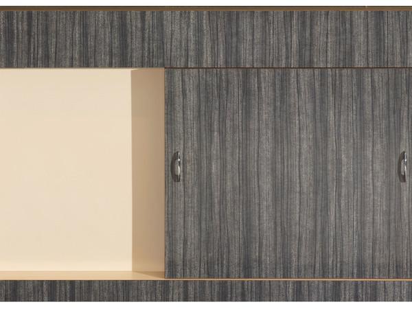 Richard Artschwager, <em>Sliding Door</em>, 1964. Formica su legno, maniglie in metallo. 105.7 x 168 x 15.6 cm. I Ph. Roland Schmidt