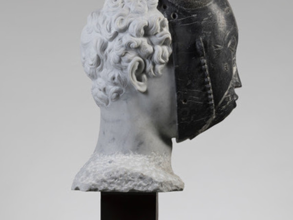 Massimiliano Pelletti, African Hermes, 2019, marmo bianco Carrara e marmo black fossil africano