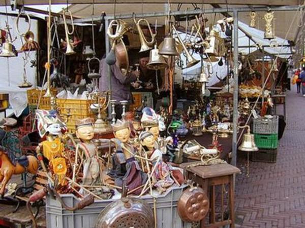 Mercato delle pulci a palermo mercato itinerari for Mercatini usato roma