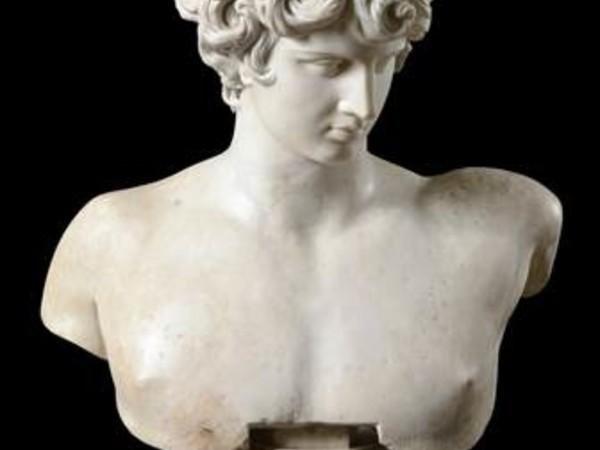 Busto di Antinoo, Museo Nazionale Romano - Palazzo Altemps, Roma. Collezione Boncompagni Ludovisi, età tardo-adrianea (130-138 d. C.) con integrazioni moderne