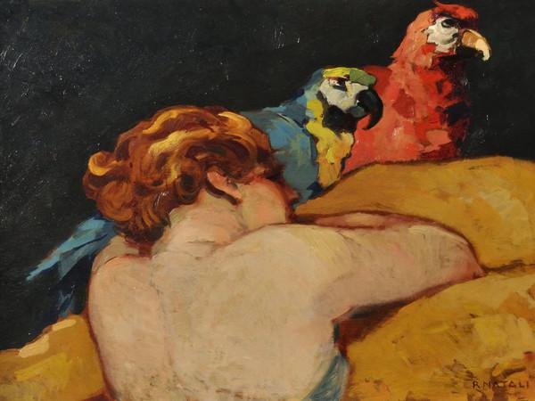 Renato Natali, <em>Donna con pappagalli</em>, 1920 circa, Olio su tavola, 70.5 x 50 cm<br />