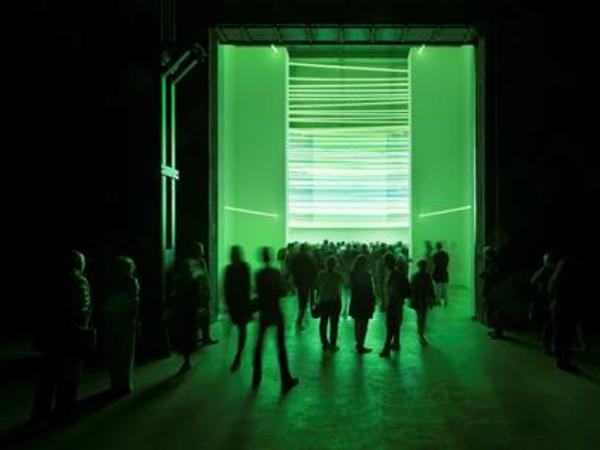 """Immagine dalla mostra """"Ambienti/Environments"""" di Lucio Fontana"""