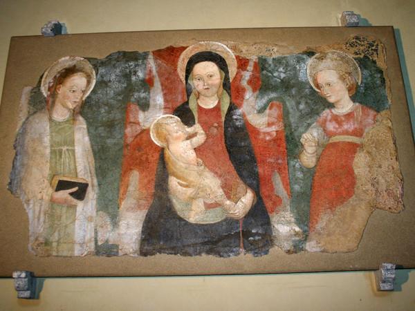 Madonna fra due sante