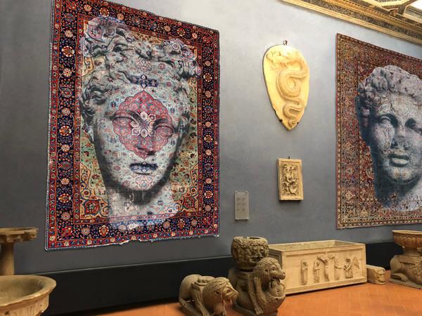 Persepoli, 2018, tecnica mista su tappeto persiano, cm. 345 x 232 / cm. 356 x 266