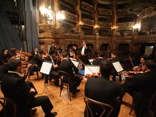 Orchestra da  Camera  di Caserta, Antonino Cascio, direttore
