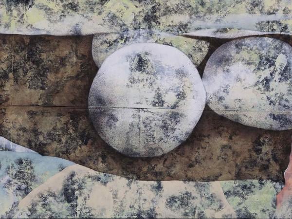 Emiliano Stella, Microsfere, 2020, tecnica mista su tessuto, 81x150 cm.