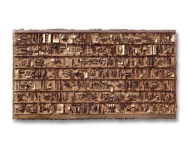Arnaldo Pomodoro, Continuum 2, 2010  Bronzo, 80 × 150 cm. I Ph. Dario Tettamanzi