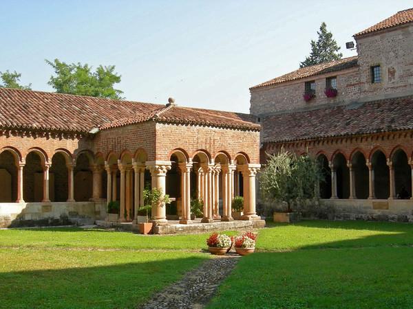 Chiostro della Basilica di San Zeno, Verona