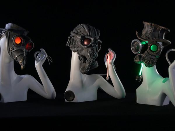 Ale Guzzetti, Dies Irae, 2014, resina silicone, led, circuiti elettronici, voci sintetiche, cm. 55x40x30 (cad.x3)