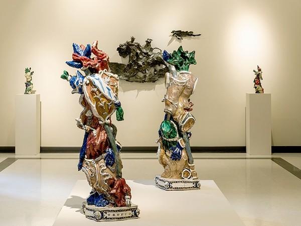 RITORNO AL BAROCCO Fontana Leoncillo Melotti, Installation view at ML FINE ART Matteo Lampertico I Ph. Daniele De Lonti