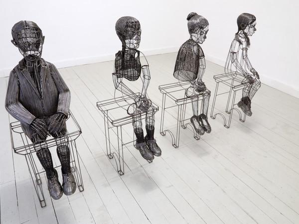 Roberto Fanari, Appello, filo di ferro cotto, 2014, cm. 115x50x40