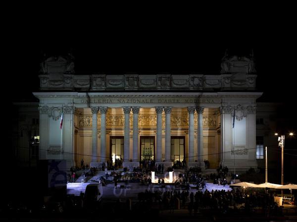 Galleria Nazionale d'Arte Moderna e Contemporanea, Roma, notturna